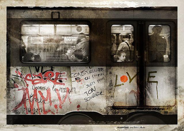 POLAROID PARIS - 82/2011-Metro